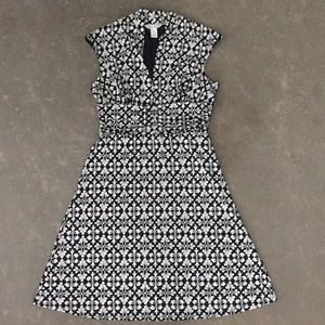 WHITE HOUSE BLACK MARKET Printed Dress, Size: 6